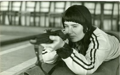 Női sportlövész