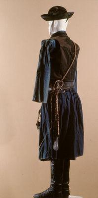085d02d207 Hortobágyi csikós viselet, kék vászon ing, gatya, zsinóros mellény,  karikásostor, kiállítási