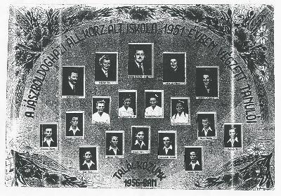 A jászboldogházi Állami Körzeti Általános Iskola Tablóképe 1951-ből